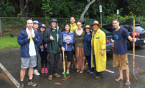 LMU - Alumni for Others: Park Cleanup in Hawaii